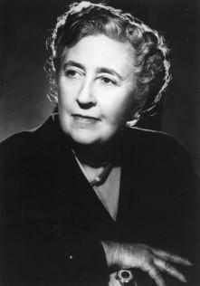 IS 2 Agatha Christie